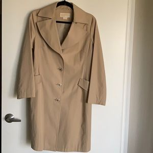 Michael Kors tan trench coat . 🧥